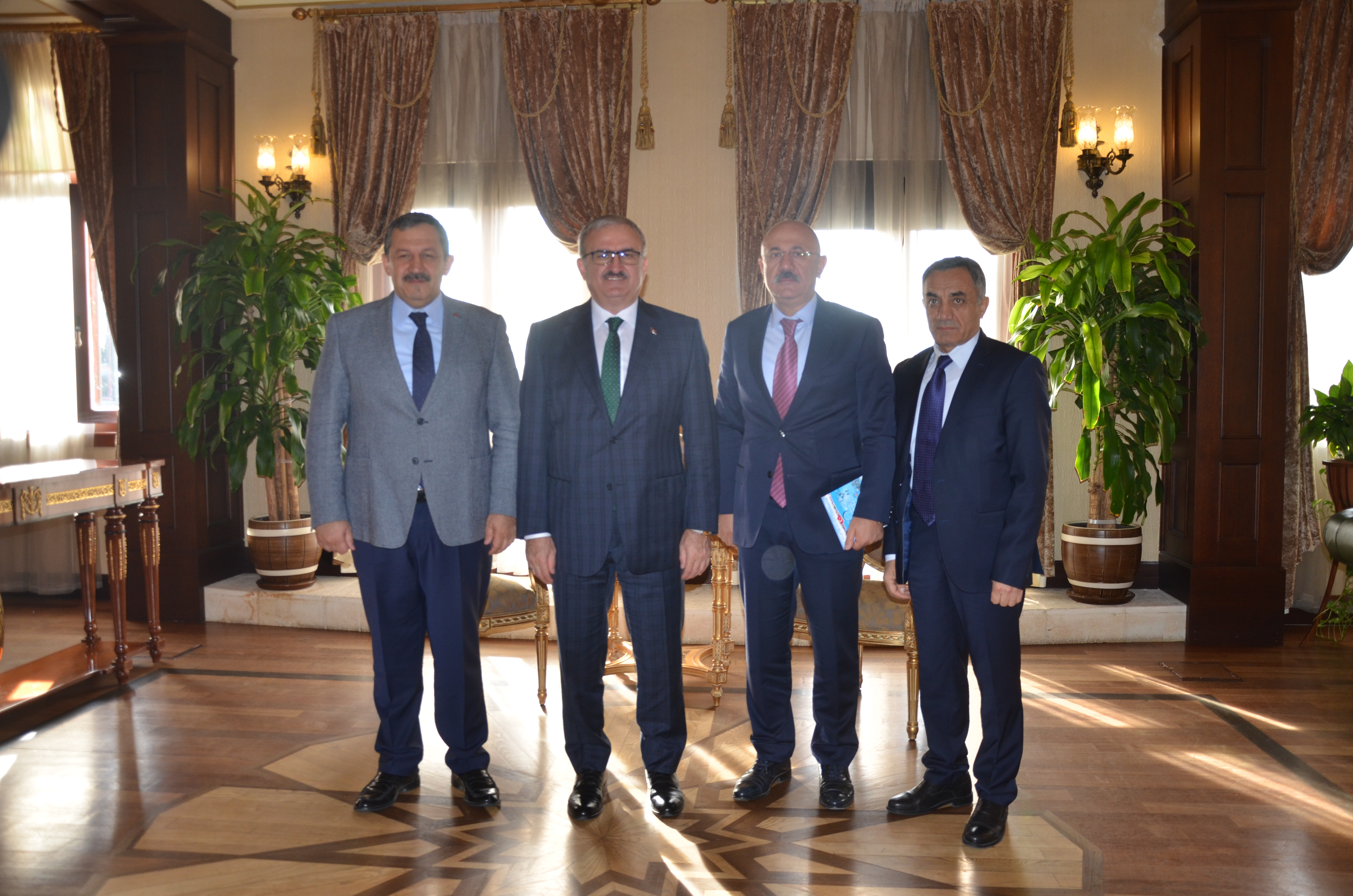 Federasyon Başkanımızdan Antalya Valiliğine ziyaret