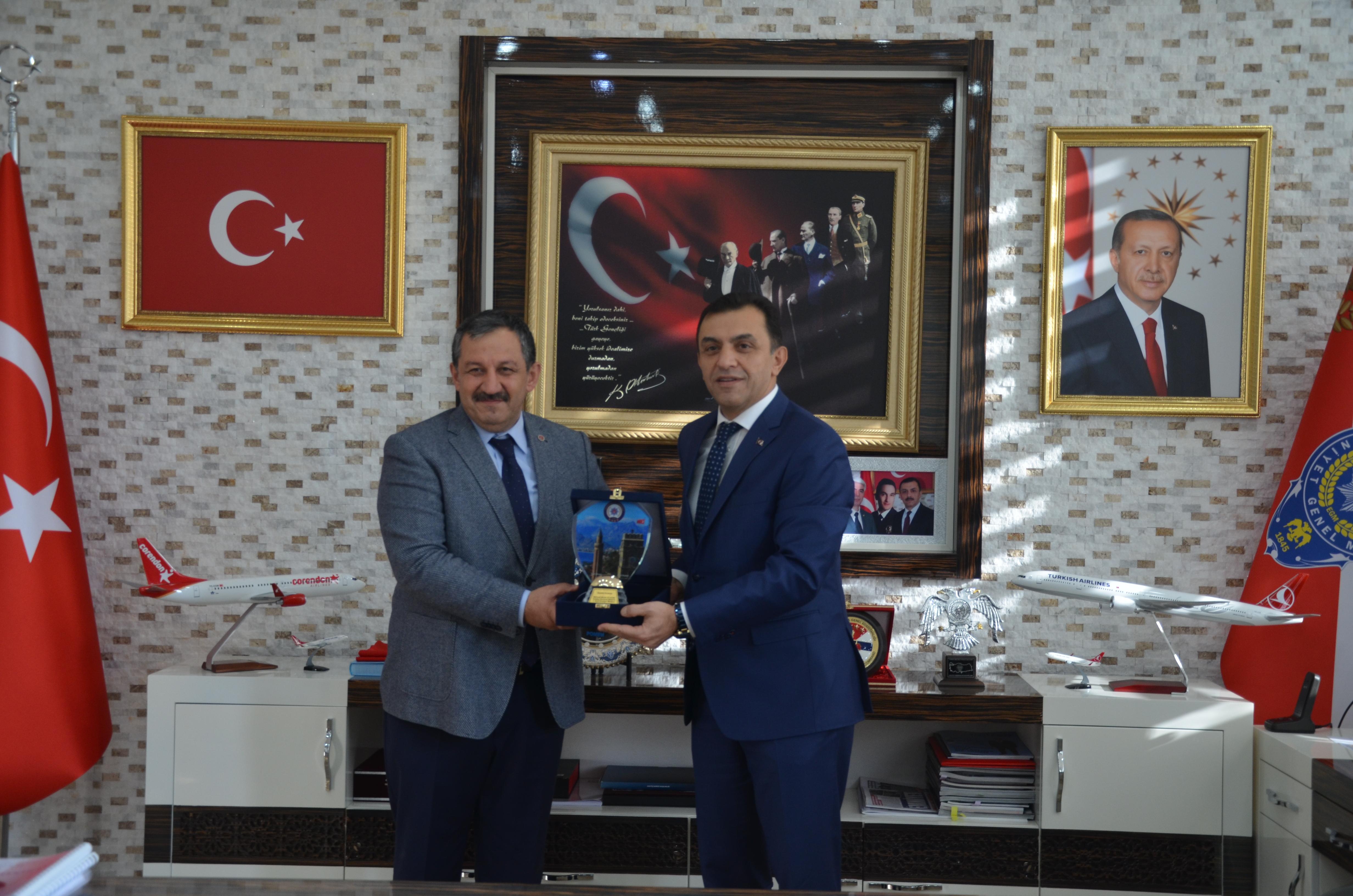 Federasyon Başkanımızdan Antalya İl Emniyet Müdürlüğüne ziyaret