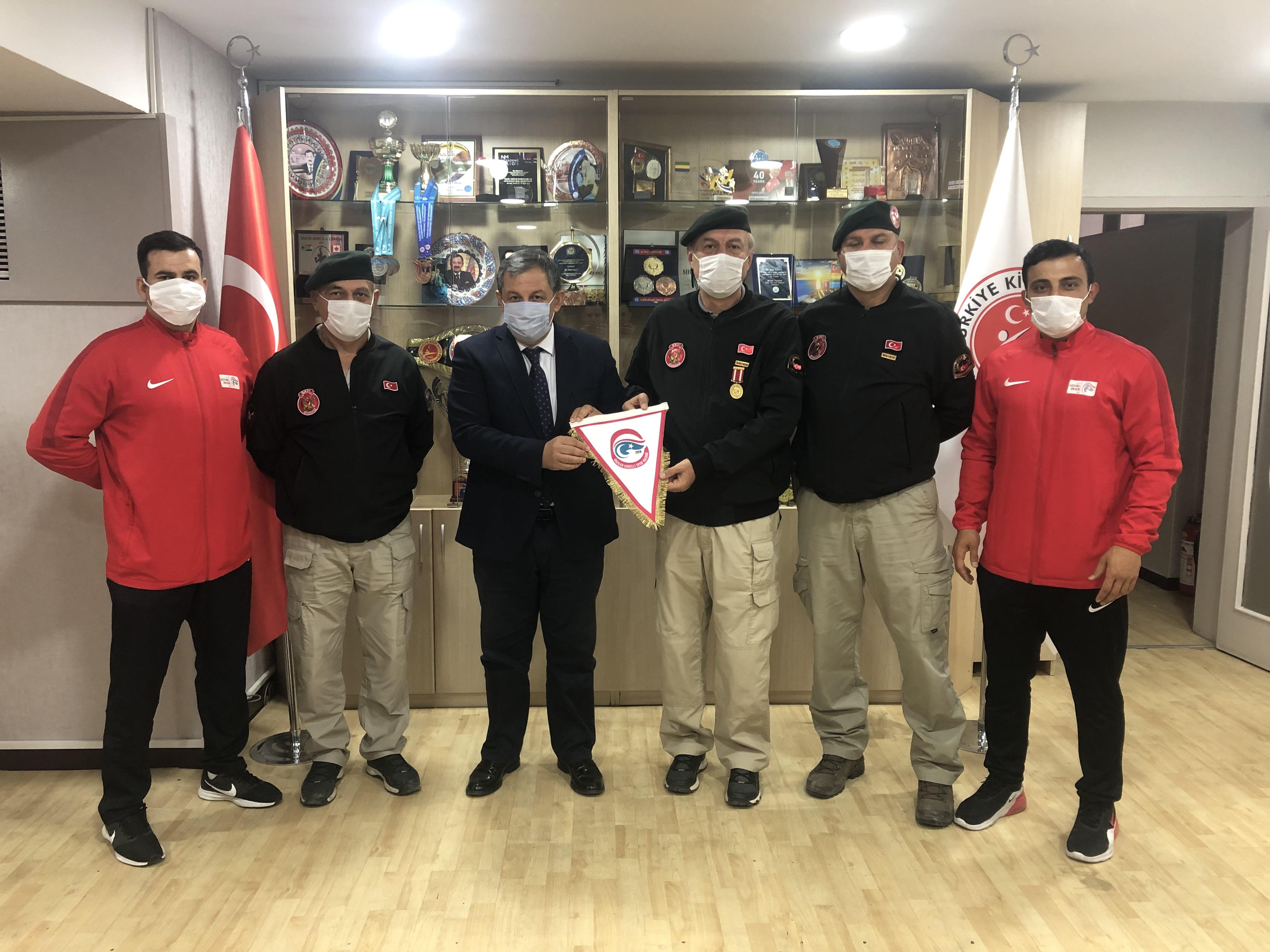 Özel Harekat Gaziler Engelli Spor Kulübünden Başkanımıza Ziyaret