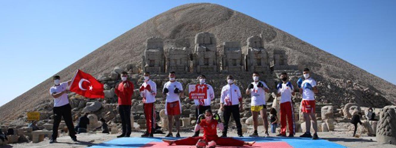 Genç Sporcularımız Dünyanın 8. Harikası Nemrut' ta Antrenman Yaptı