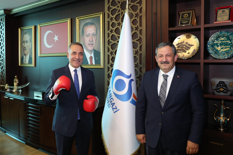 Federasyon Başkanımız Sultangazi Belediye Başkanını Ziyaret Etti