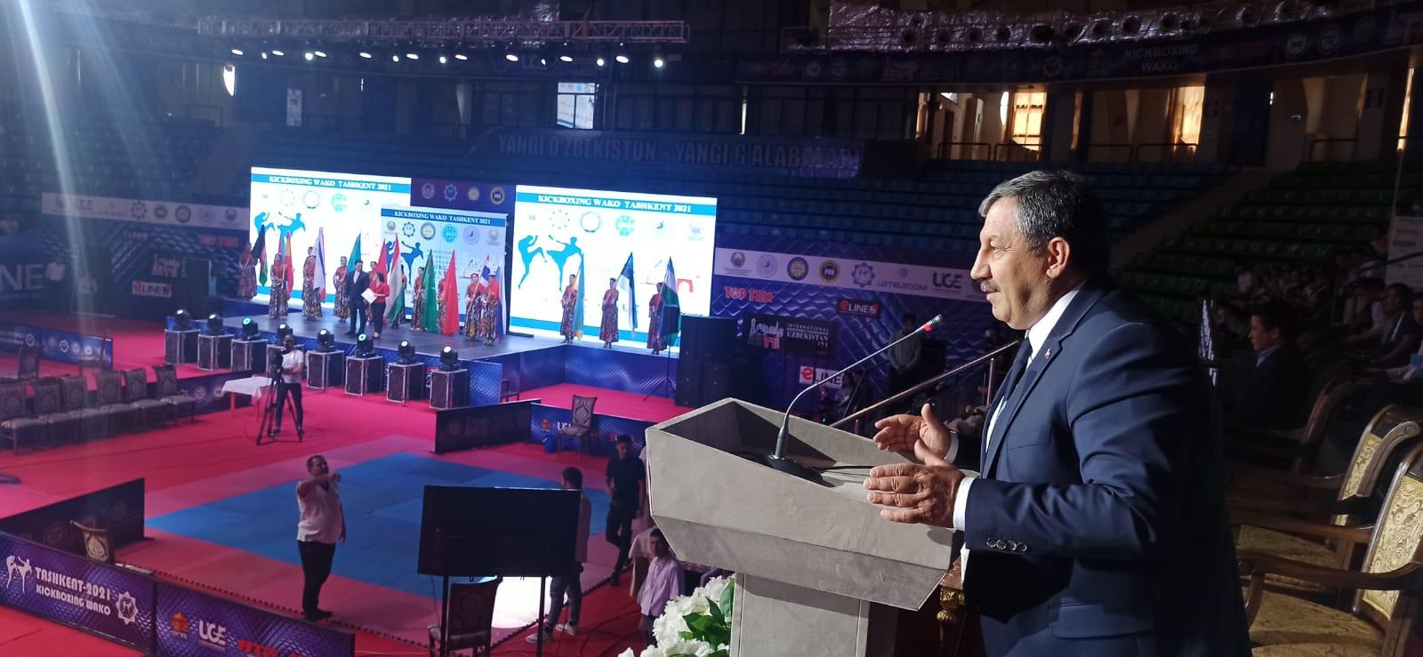 Özbekistan Open Kick Boks Turnuvası Açılışı